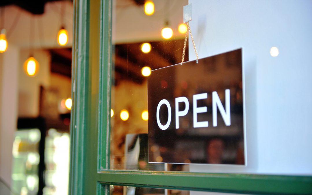 Smalltalk und Interesse weckender Einstieg als Türöffner für Ihr Verkaufsgespräch